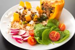 煮熟的peppar用肉和菜 库存图片