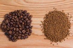 煮的咖啡和速溶咖啡 免版税库存照片