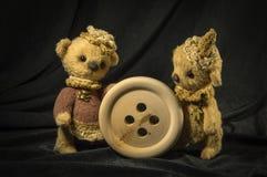 熊两个玩偶  免版税库存照片