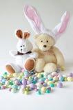 熊兔宝宝复活节玩具 免版税库存照片