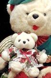 熊制作被充塞的teedy 免版税库存照片