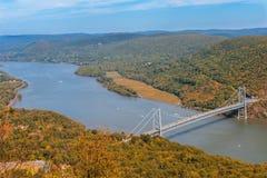 熊山的桥梁 免版税图库摄影