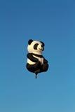 熊猫热空气气球 免版税库存图片