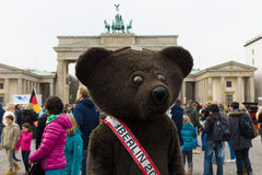 熊-柏林的标志 库存图片