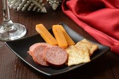 熏制的香肠和乳酪 图库摄影