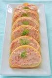 熏制鲑鱼乳脂干酪开胃菜 库存图片