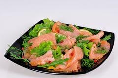 熏制鲑鱼和莴苣假日开胃菜  免版税图库摄影