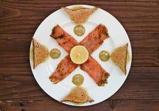 熏制鲑鱼开胃菜 库存图片