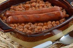 熏肉香肠和豆 库存图片