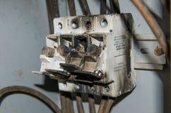 熔化大功率电压电子箱子烧伤火 免版税库存照片