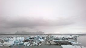 熔化的冰在冰岛 免版税库存照片