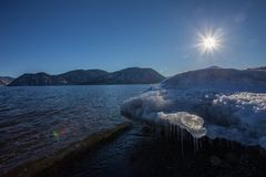 熔化的冰 免版税库存图片