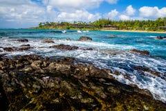 熔岩岩石,白色泡沫, napili海湾,毛伊,夏威夷 图库摄影
