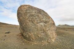 熔岩炸弹在兰萨罗特岛,西班牙 免版税库存图片