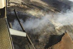 熔岩荒野空中直升机视图在Kilauea火山,大岛,夏威夷附近的 免版税图库摄影
