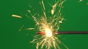燃烧的孟加拉火闪烁发光物 影视素材