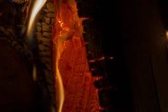 从燃烧的宏观纹理火焰注册壁炉 库存图片