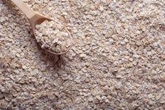 燕麦剥落与木匙子 图库摄影