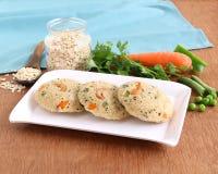 燕麦Idli健康印地安素食食物 免版税图库摄影