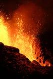 爆发火山 免版税库存图片