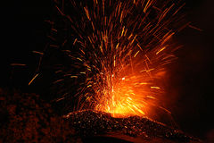 爆发etna火山 免版税库存图片