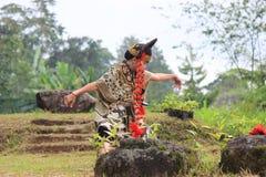 爪哇井里汶舞蹈 库存图片