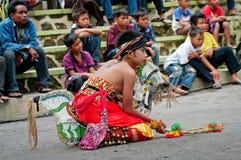 爪哇传统舞蹈家,印度尼西亚 图库摄影