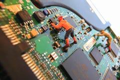 爬上的硬盘驱动器 库存照片