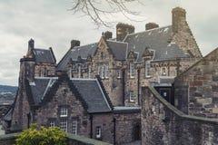 爱丁堡在爱丁堡城堡,爱丁堡市,苏格兰,英国的受欢迎的旅游胜地里面的城堡医院老大厦  免版税库存图片