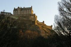 爱丁堡城堡在早晨阳光下 库存图片