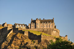 爱丁堡城堡从下面-苏格兰,英国 免版税库存照片