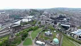 爱丁堡市历史的Calton小山纪念碑天线射击 影视素材