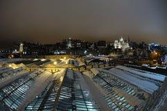 爱丁堡晚上老地平线城镇冬天 免版税库存照片