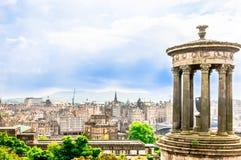 爱丁堡都市风景从Calton小山的 库存图片