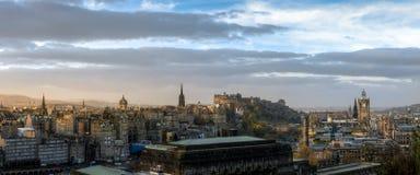 爱丁堡都市风景和地平线 库存图片