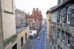 爱丁堡,城市、几座纪念碑和城堡的看法, 免版税库存照片