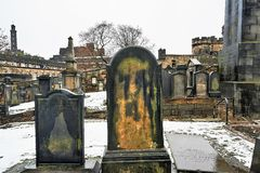 爱丁堡,城市、几座纪念碑和城堡的看法, 图库摄影