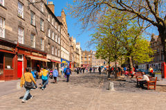爱丁堡,苏格兰,英国街道视图  免版税库存照片