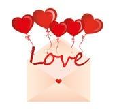 爱信件在球的以心脏的形式飞行在信封外面 免版税图库摄影