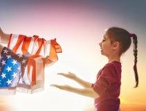 爱国假日和愉快的家庭 库存照片