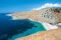 爱奥尼亚人阿尔巴尼亚的海岸 库存照片