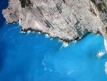 爱奥尼亚海天蓝色的水,扎金索斯州海岛,希腊 免版税库存图片