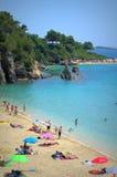 爱奥尼亚海海滩 免版税库存图片