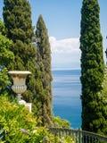 爱奥尼亚海视图 库存照片