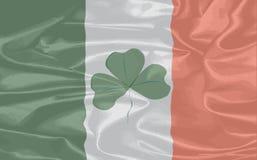 爱尔兰丝绸旗子 免版税库存图片