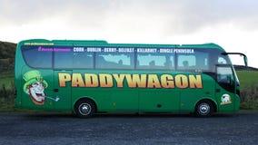 爱尔兰人游览教练 免版税库存图片