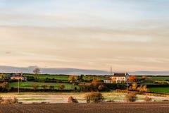 爱尔兰农田风景看法日落的 免版税库存图片