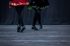 爱尔兰舞蹈家腿 免版税库存照片
