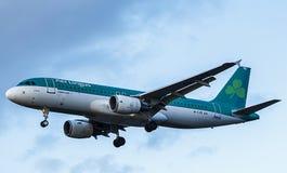 爱尔兰航空喷气式客机 a320空中巴士 免版税库存照片