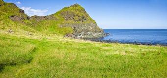 爱尔兰风景在北爱尔兰安特里姆郡-团结的国王 库存图片